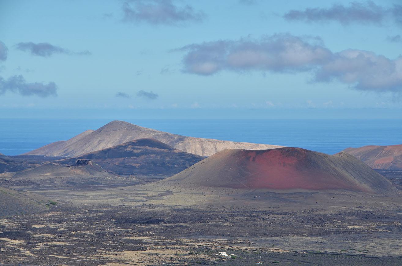 Montaña Colorada, Rodeo y Caldera Blanca.