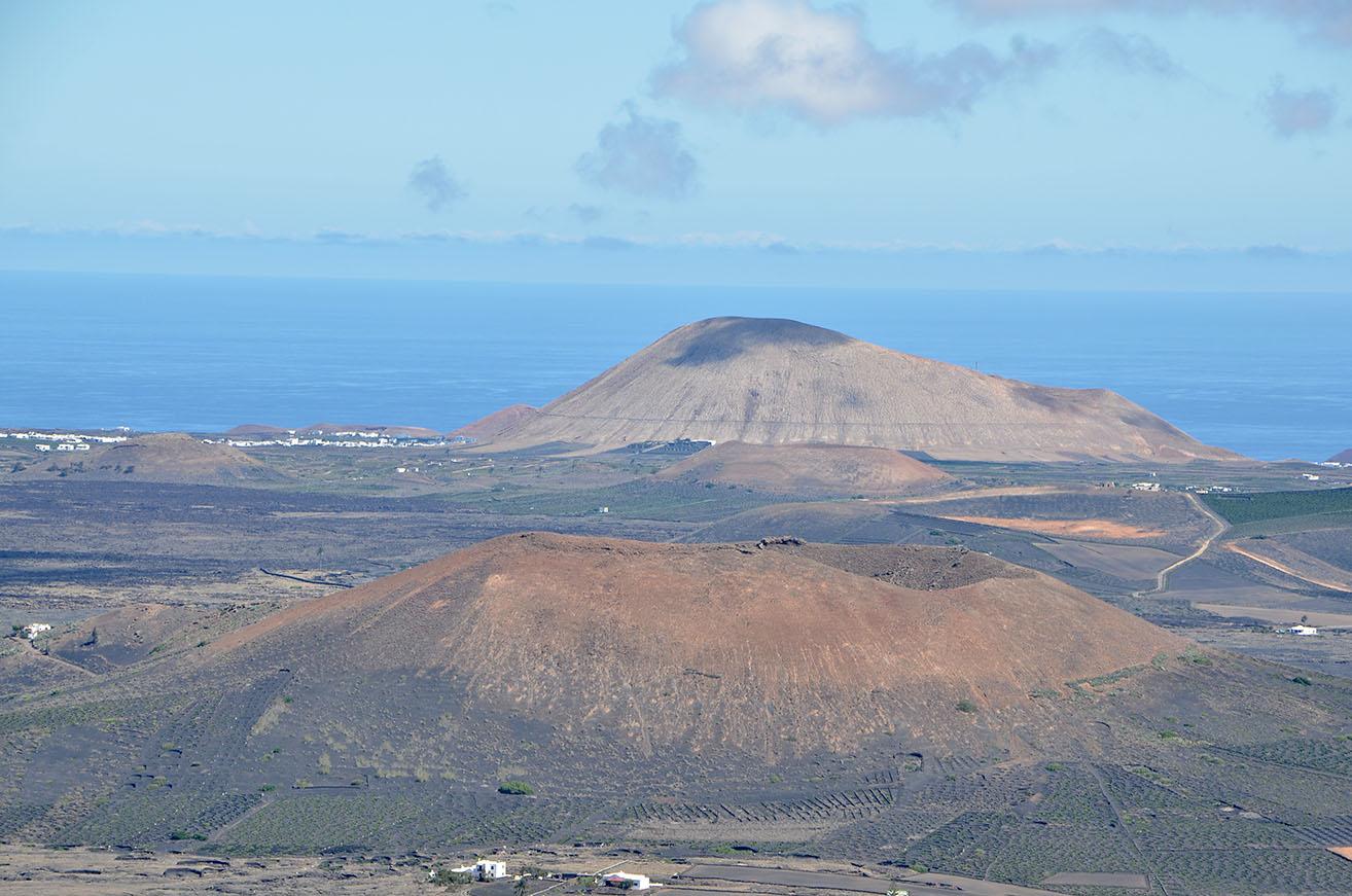 Montaña Juan Bello y Tinache.