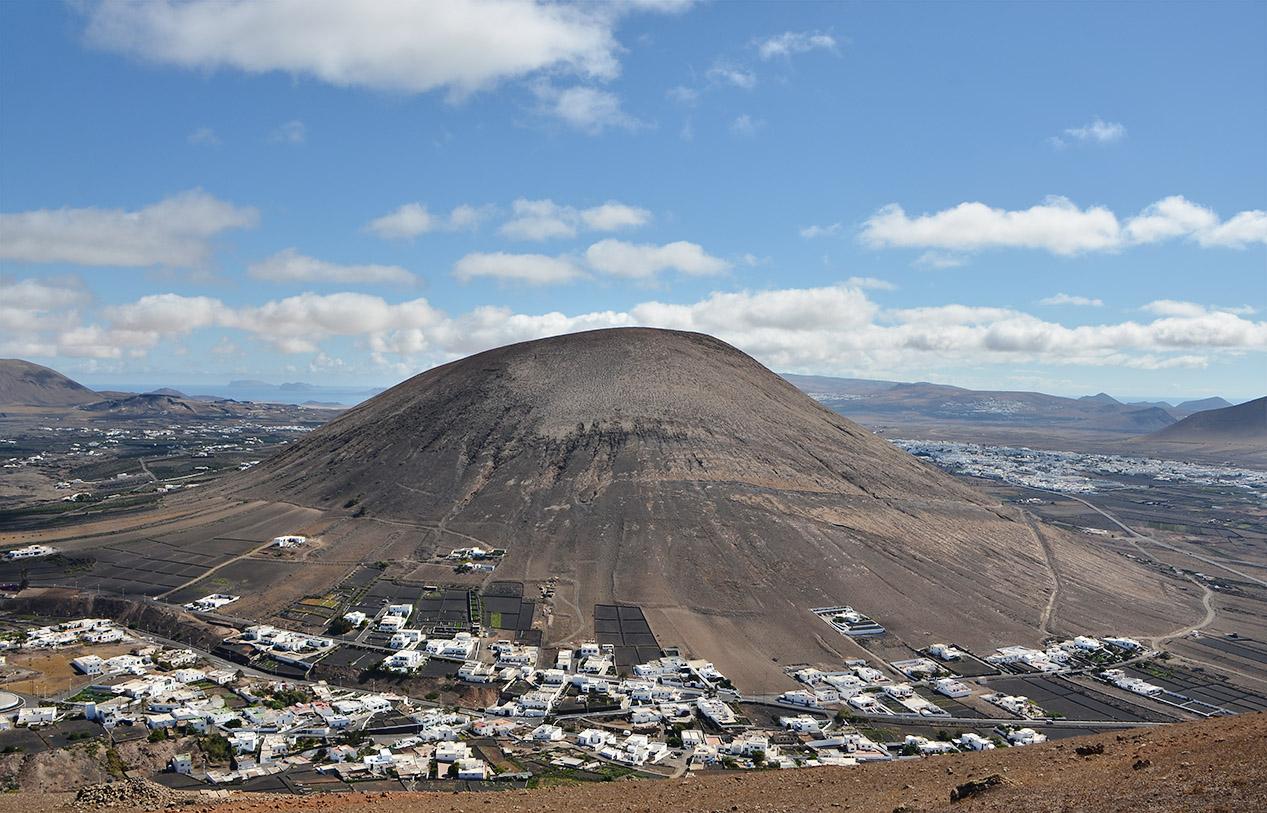 Guatisea y el pueblo de Montaña Blanca